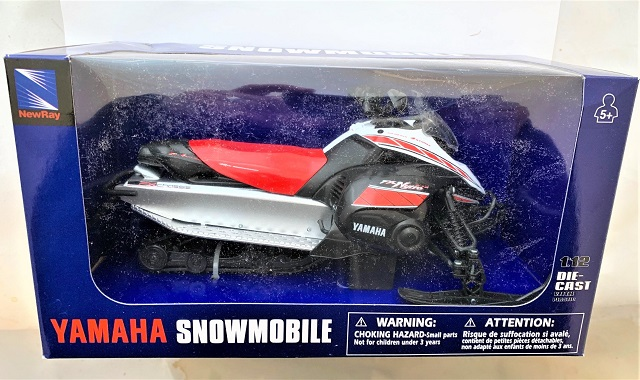 New Ray Toys 42893A 1:12 YAM FX SNOWMOBILE RED WHITE BLACK