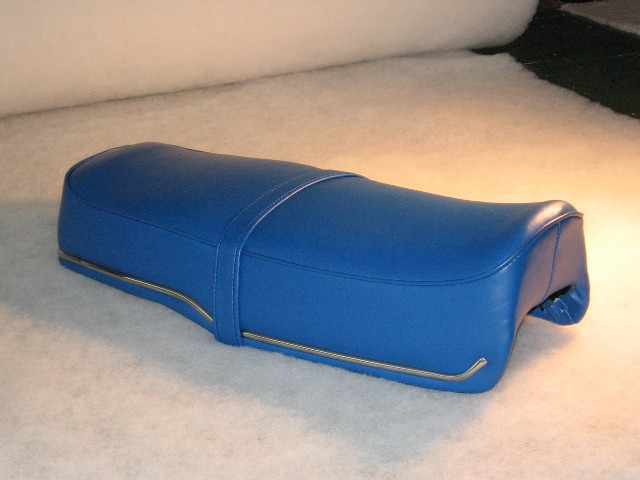 HONDA CB77 SUPER HAWK SWOOPED BLUE SEAT COVER
